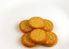 calories-in-peanut-butter-crackers-s