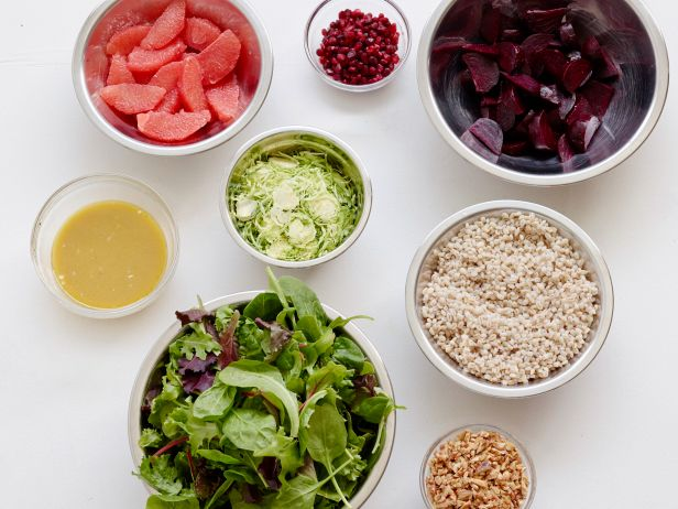 FNK_Winter-Salad-with-Beets-Ingredients_s4x3.jpg.rend.snigalleryslide